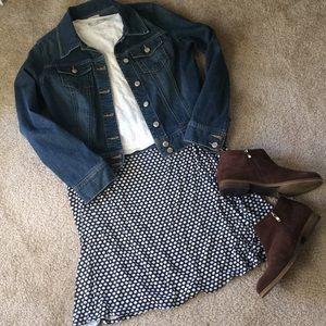 Blue polka dot Max Studio flare skirt sz large